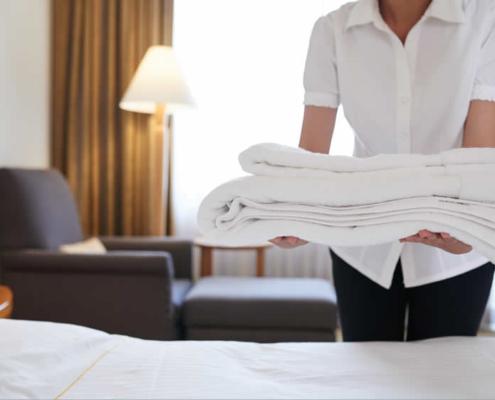 Kamermeisje in hotel